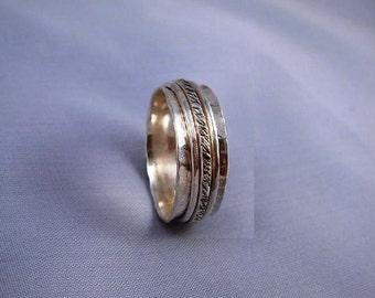 Triple Spinning Hammered Silver Ring - ElenadE