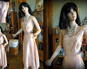 Beaded beauty medium 50s 60s swing party wedding peach pink