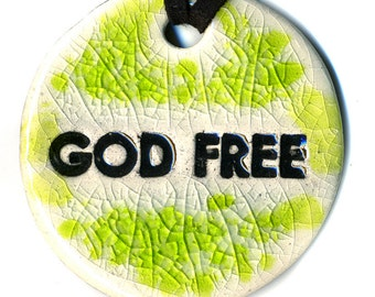 God Free Ceramic Necklace in Green Crackle