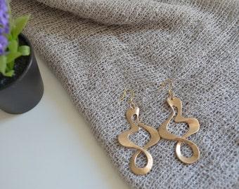 BELLA Vintage Gold Geometric Earrings