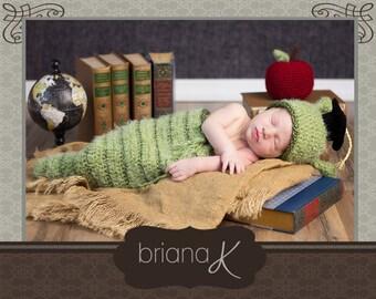 Newborn Bookworm PATTERN Instant Download