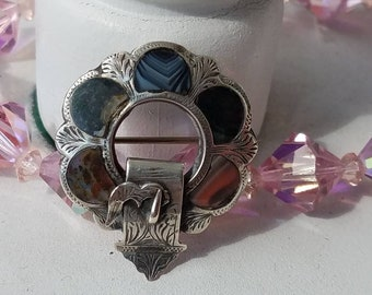 Victorian Scottish Agate Sterling Silver Brooch Pin