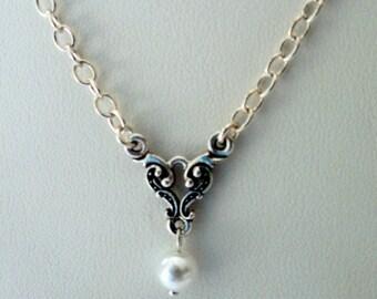 Swarovski Pearl and Silver Dangle Pendant