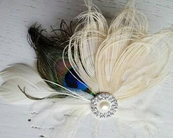 Peacock Hair Clip, Ivory peacock, Peacock Fascinator, Feather Fascinator, Bridal Hair Clip, Wedding Hair Accessories,Peacock comb