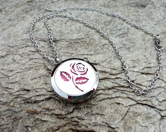 High Quality Stainless Steel 30mm Aromatherapy Locket Necklace with Rose, Aromatherapy Necklace, Essential Oil Diffuser Locket