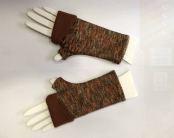 Mittens mottled khaki Brown, reversible and adjustable