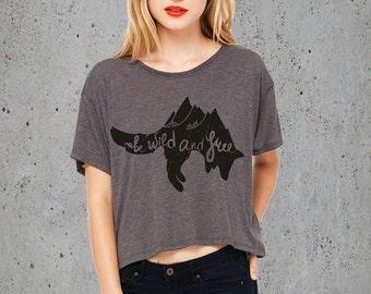 Hiking Shirt, Womens MOUNTAINS FOX TShirt Crop Top, Mountains Crop Top, Camping Clothing, Girlfriend Gift, American Apparel Graphic Tee,