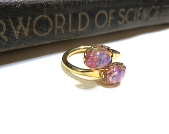 Vintage Double Pink Harlequin Opal Ring - WWII Era - Lace / Scalloped Setting - Gold Plated - Adjustable