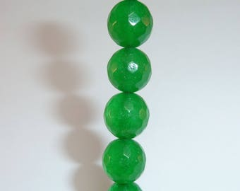 10 pearls 8mm emerald green faceted glass