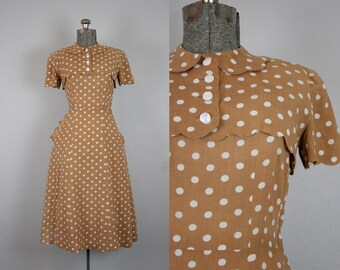 1940's Brown and White Polka Dot Sun Dress with Scallop details / Size Small