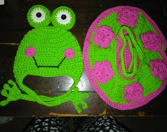 Girl frog hat and diaper cover skirt set