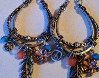 Southwest Fun Style Horseshoe Dangling Earrings