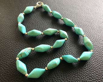 Turquoise necklace, turquoise beaded necklace, turquoise jewelry, blue green necklace