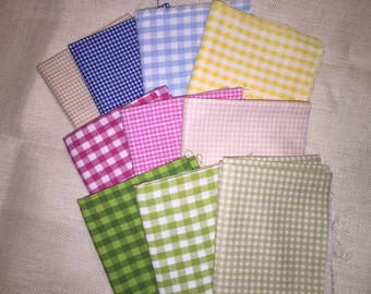 10  Beautiful fat quarter bundled in a variety of plaids brightly colored and sized squares 100% Cotton Fat Quarters E464