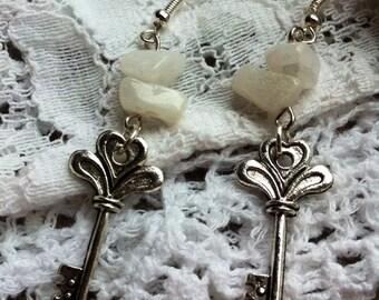 Gemstone key earrings, mini key earrings, steampunk earrings, mini key earrings, silver key earrings, silver key and gemstone earrings