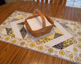 """Quilted Table Runner...in """"Disappearing Diamonds"""""""