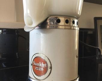 Sunkist Juicit Electric Juicer Vintage Kitchen Appliance Orange Juicer