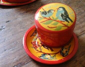 Vintage Miniature Tin Box & Tin Tray...Dolls Tin Tray...Birds Berries...Red Tin Box...Lithographic Tin Box...Dollhouses Tin...Fifties...