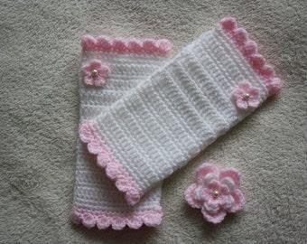 Crochet Fingerless Gloves and Brooch