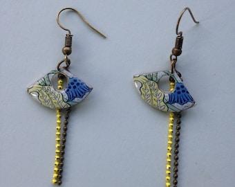 Earrings resinees fan, printed floral Art Nouveau.
