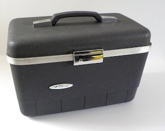 Vintage Train Case Forecast with Key • Traincase Black Grey Suitcase • Grey Black Make Up Case