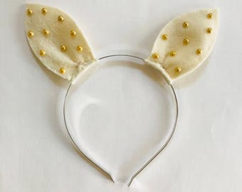 Bunny Ears in Cream