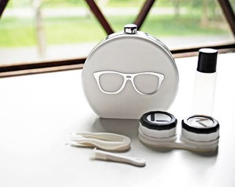 White Contact Lens Case and Travel Kit: Silver Foiled Eye Glasses Design