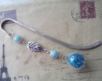 Glass bead bookmark