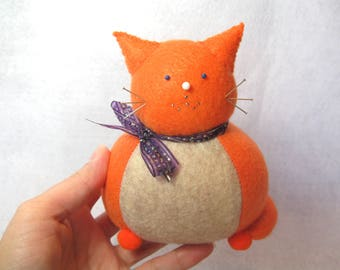 Cute cat pincushion, Orange ginger cat, Cute felt kitty, Sewing accessory, Felt pincushion, Cat home decor, Cat lover gift, For sewing room