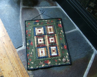 Courthouse Steps Miniature Wall Hanging (Item #269)