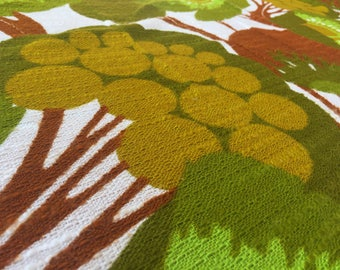 German vintage 70s Fabric 50 x 120 cm: Green Tree flower