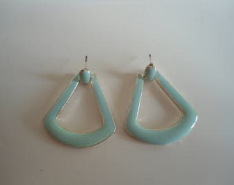 Cool retro statement earrings.