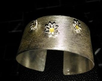 Sterling silver Daisy cuff style bangle