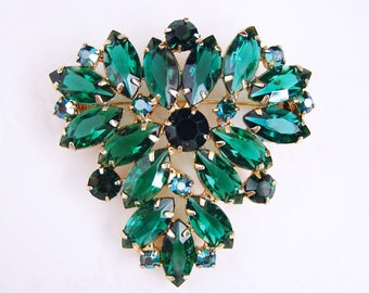 Vintage Juliana D&E Emerald Green Navette Rhinestone Statement Brooch