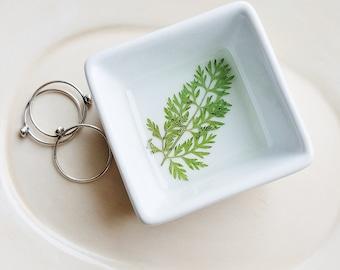 Green Fern Leaf Dish, Fern Ring Dish, Floral Jewelry Holder, Small Organizer, Ceramic Ring Dish