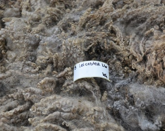 Leicester longwool whole raw fleece. Variegated colors. 4.24kg/9.34lb Semi intact, possible to pull locks
