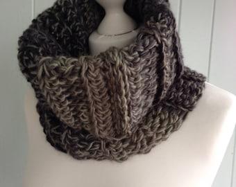 chunky cowl, stripe scarf, wool cowl, stripe cowl, chunky scarf, wool scarf, eternity scarf, chunky wool scarf, winter cowl, infinity scarf