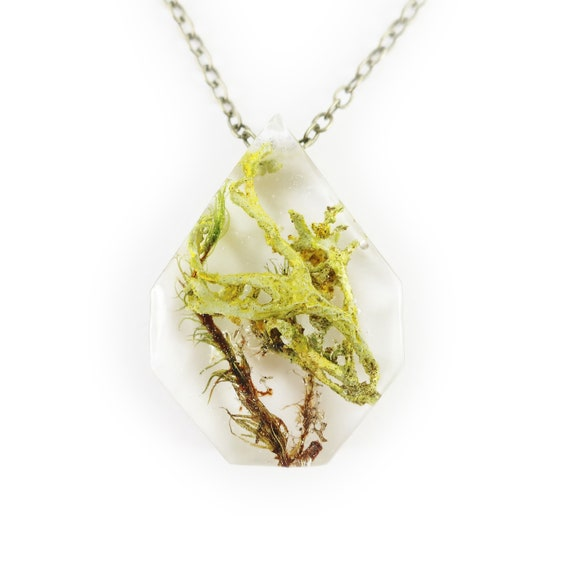 Terrarium Eco Resin Moss Necklace