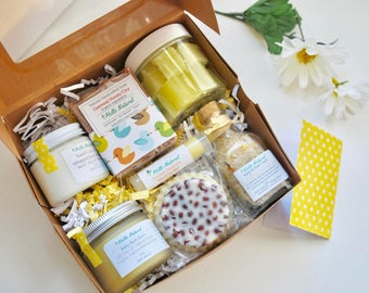 New Mom Deluxe Pampering Set, New Baby New Mom Gift, Expecting Gift, Delivery Gift, Newborn Bath Gift Set, Baby Shower Gift, Baby Gift Set