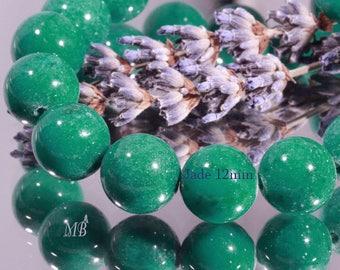10 12mm emerald green round jade stone beads