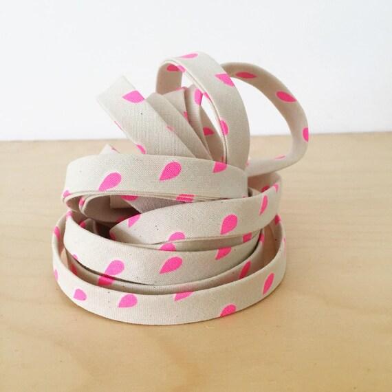 "Bias Tape in Cotton + Steel Beauty Shop Neon Pink Drops cotton 1/2"" double-fold binding- 3 yard roll"