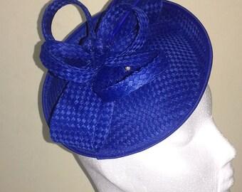 Headdress with blue thread Betsy loop