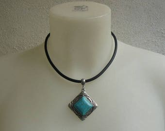 Necklace ethnic silver and turquoise diamond pendant