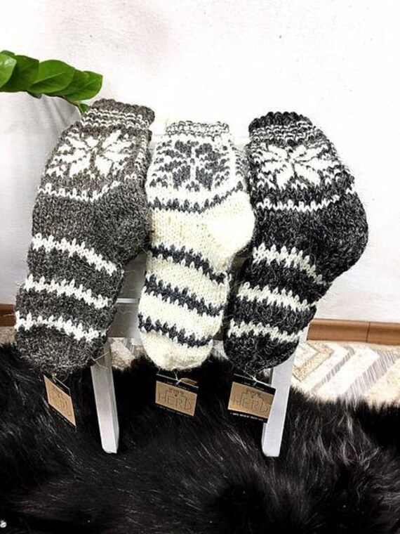100% Real Wool Socks. Natural Wool Socks. Winter Pattern Socks. Warm Natural Wool Socks. Handmade Wool Socks For Adults