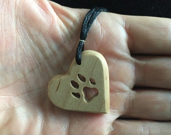 Pet lovers heart pendant