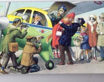 Mainzer postcard, kiss at the plane. Mainzer dressed cats,  Postcard no. 4996 vintage postcard