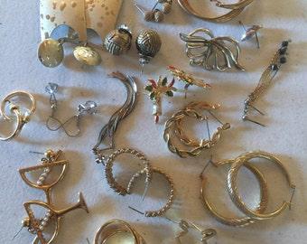 Earrings Gold Tone Pierced Vintage De-stash lot 456