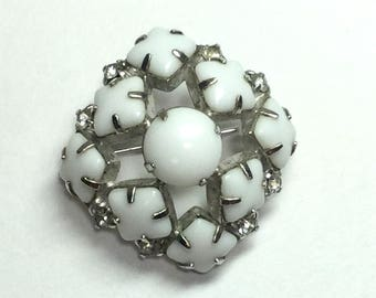 Vintage White Brooch or Pin