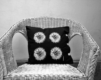 pillow with blowpipe