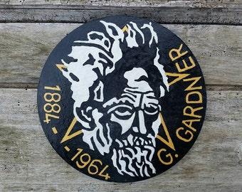 Gerald Gardner commemorative plaque, Gardnarian Wicca, Gardnarian pentacle, wiccan altar tools, pagan altar decor, witchcraft revival